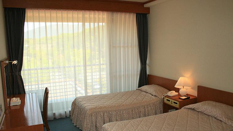 スタンダードルーム洋室(4人部屋)